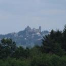 A to už se v dáli objevuje mohutný hrad v Lipnici nad Sázavou