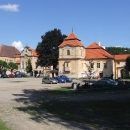 V klášteře a bývalém hradu přestavěném na zámek byla za minulého režimu psychiatrická léčebna