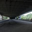 Vojslavický most - unikátní dvojmost přes řeku Želivku. Nad námi tepe D1.