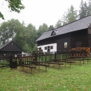 Míjíme Hviezdoslavovu horáreň. Je v ní muzeum věnované slovenskému básníkovi P. O. Hviezdoslavovi. V sychravém dopoledni je však zavřeno.
