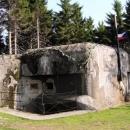 Nadšenci obývají jeden z větších bunkrů.