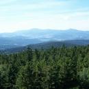 Výhled z rozhledny na Borůvkové hoře směrem ke Kralickému Sněžníku a Cz. Góře