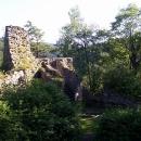 Zřícenina hradu Rychleby s atmosférou, kdy se mi úplně zastesklo po mých trampských létech....