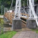 Tento mostek na cyklotrase dělal někdo FAKT CHYTREJ. Luděk tam neprojel s vozíkem.