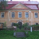 Zámeček ve Slezských Pavlovicích, jediný který nebyl oplocený a zarostlý