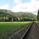 Směrem na Šumperk je výluka, tak můžeme jít zpátky do Hanušovic bezstarostně po kolejích