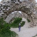 Víťa na prohlídce Čachtického hradu