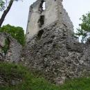 Věž Dobrovodského hradu