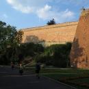 Dokonalý průjezd Chebem pod Chebským hradem.