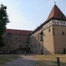 Budyně nad Ohří - zámek, kde se vdávala kamarádka, se kterou jsem čtyři roky seděla ... v poslední lavici na gymplu... :-)