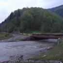Tam za mostem začne strastiplná cesta na koločavské sedlo