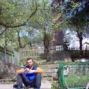 Míla hledá Šuhajův hrob, já zatím odpočívám