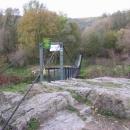 Po tomhle mostě jsme museli řeku překonat :-)