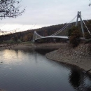 Most přes Vranovskou přehradu nikam nevede.