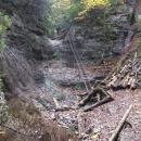 Malý vodopád v Pieckách je také skoro bez vody