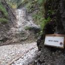 Korytový vodopád v Suché Belé