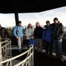 Pokus o skupinové foto části sestavy na rozhledně na Anenském vrchu.