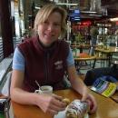 Naše první snídaně v lisabonské kavárně