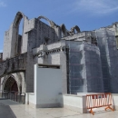 Kostel Igreja do Carmo – v tomto kostele se při zemětřesení roku 1755 zřítil strop na věřící