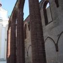 Gotické sloupy kláštera