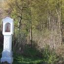 Kaplička na začátku křížové cesty Čertovou brázdou