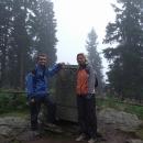 U vrcholového kamene na památku člena rodu Schwarzenberků na Boubíně
