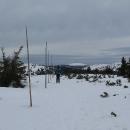 Za Pecí (1311 m) konečně nasazujeme lyže a jedeme!