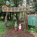 Geopark je taková miniaturní naučná a zážitková stezka. Konečně něco netradičního.