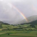Duha nad údolím Muru, déšť definitivně končí