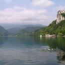 Bledský hrad nad jezerem