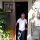 Anton Papp - typický laskavý Chorvat - požádáte o vodu, pozve vás na kafe