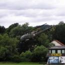 Cvičení vojenských parašutistů u Bruck a.d.Mur