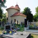 Rotunda sv. Petra a Pavla se postupem času stala součástí kostela