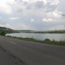 V Podněstří jedeme řadu kilometrů podél Dněstru po pohodovém asfaltu.