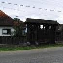 Pro pohoří Maramureš jsou typické tyto vyřezávané brány
