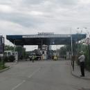 U Solotvina přejíždíme hranici z Rumunska na Ukrajinu po novém mostě přes Tisu
