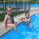 Dopoledne v bazéně. Konečně dovolená s dětmi, jaká by se líbila babičkám :-)