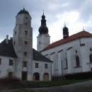 Kostel v Branné s renesančním fojtstvím