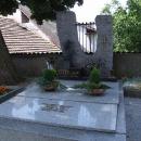 Hrob Josefa Suka na křečovickém hřbitově