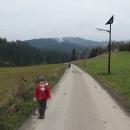 Cestou do polské Jaworzynky. Nevím proč mají Poláci slabost pro tyto úchylné solární lampičky.