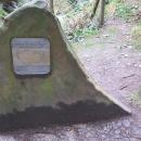 Kámen na nejvýchodnějším bodu ČR, nachází se tady také rašeliniště