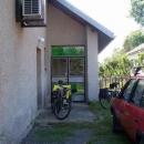 Vchod do turistické ubytovny v Hertníku