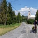 Za obcí Livov stoupáme do Čergovských kopců