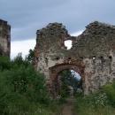 Vstupní brána do Šarišského hradu - byl ohromný, ale moc se z něho nedochovalo