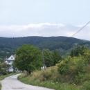 Vrchol Dubník s obrovským vysílačem - to je jeden z našich dnešních cílů.