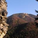 Bělavé skály Tlsté z Blatnice v barvách podzimu