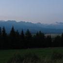 Večerní Vysoké Tatry přímo od stanu