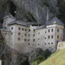 skalní hrad Predjama