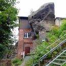 Horská chata Nonnenfelsen je doslova vestavěná do skály