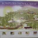 Komplex Osowka zahrnuje i řadu nadzemních budov. Při čekání na prohlídku si Luděk celou trasu prochází...